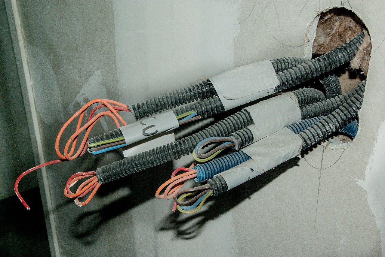 electricistas en Alpandeire